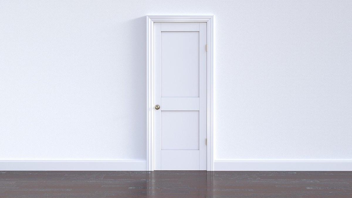 ahorrar en las facturas puertas aislantes